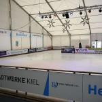 Eisbahnen und Eisbahnzelte